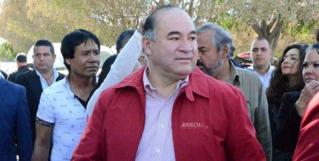 Candidato de la coalición del PRI-PAN-PRD no asistió a debate en la capital potosina